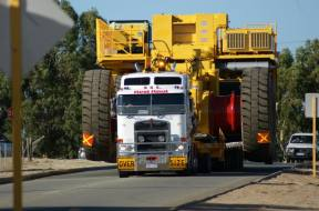 Oversized Load Transport